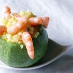 Zucchine tonde ripiene di risotto con mazzancolle e curcuma