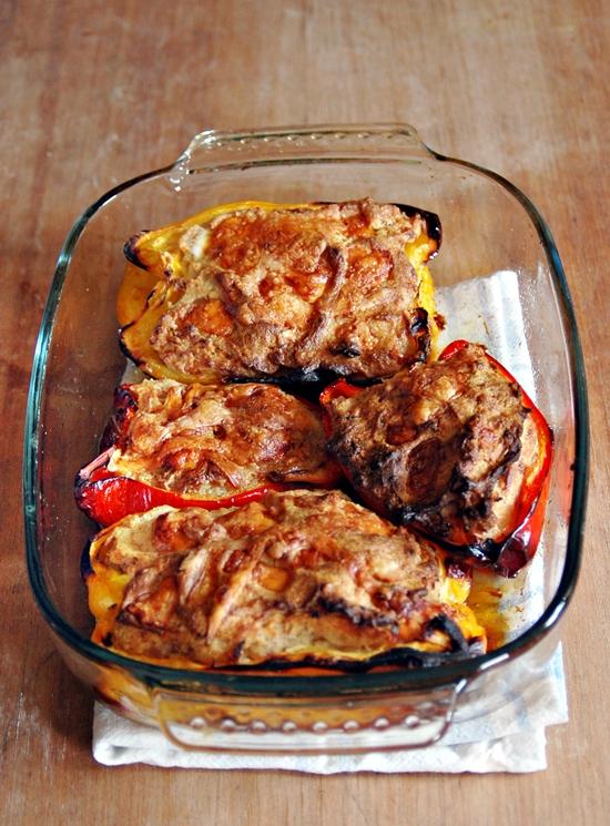 peperoni ripieni con salsiccia e asiago
