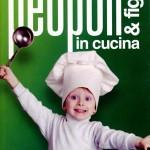 Genitori e figli in cucina