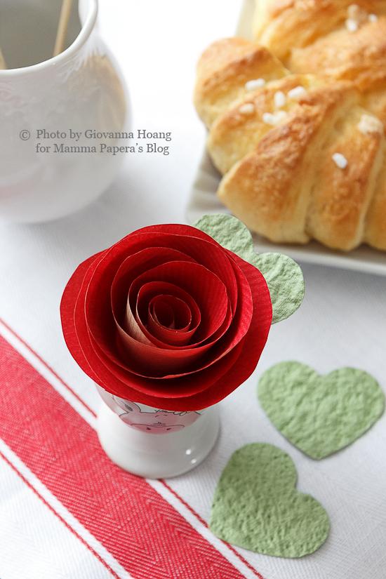 Decorazioni per la tavola di san valentino rose di carta - Decorazioni per la tavola ...