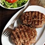 Hamburger di carne alla piastra