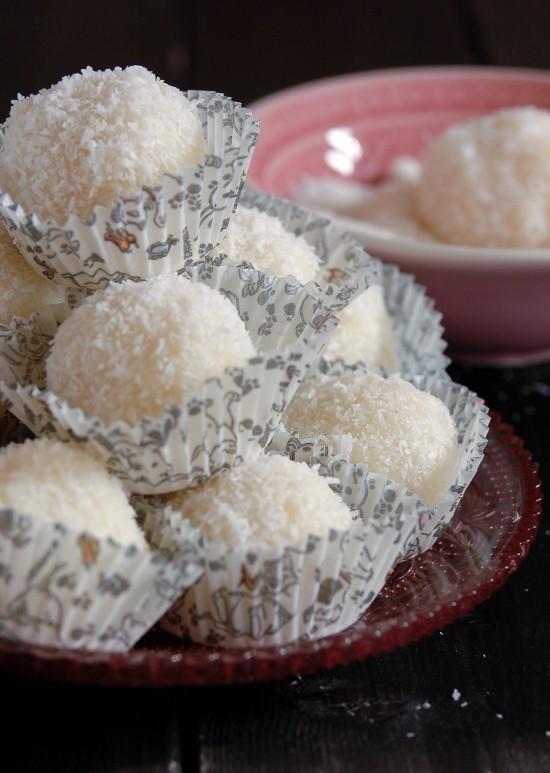 palline di ricotta cocco e mandorle